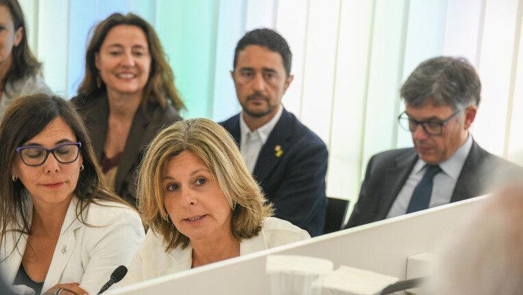"""L'exalcaldessa Fortuny defensa la gestió de la grua municipal i acusa el govern de voler """"embrutar"""""""