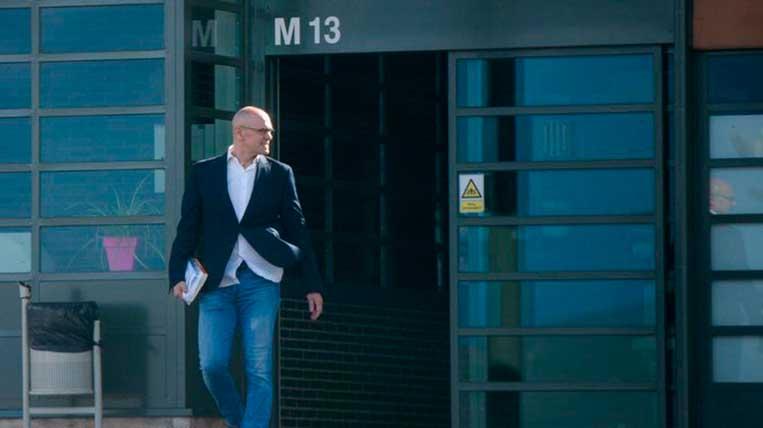 El santcugatenc Raül Romeva ha sortit de la presó per treballar