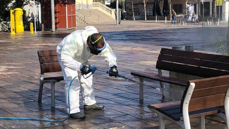 Sant Cugat demana ajuda a l'exèrcit per desinfectar residències de gent gran però la Generalitat denega l'ajut