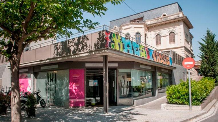 Els centres d'art municipals reobren les sales d'exposició el dimarts