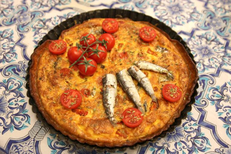 Quiche de sardines i tomàquet cherry