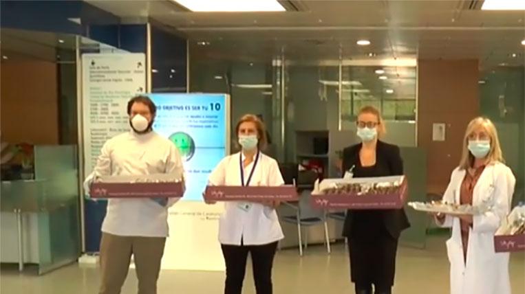 La pastisseria Sàbat endolceix el personal mèdic de l'Hospital General